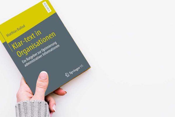Buchcover Matthias Ballod, Klar-text in Organisationen, Springer Verlag